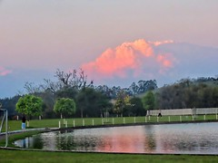 nuvem ou mmontanha (Jakza) Tags: lago açude nuvem entardecer