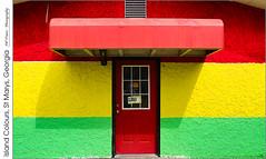 Island Colours, St Marys, Georgia (jwvraets) Tags: georgia stmarys building restaurant jamaica islandcolours red redrule yellow green stripesdoor closed opensource rawtherapee gimp nikon d7100 afsdxnikkor1224mm