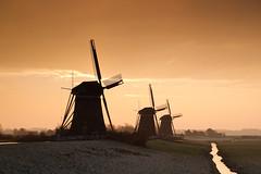 20181214-Canon EOS 6D Mark II-4069 (Bartek Rozanski) Tags: stompwijk zuidholland netherlands polder leidschendam windmill frost autumn morning sunrise grondzeiler three rural scene holland greenhear groenehart dutch