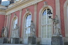 Neues Palais (Ryan Hadley) Tags: sanssoucipark sanssouci palace potsdam germany europe worldheritagesite neuespalais newpalace baroque statue sculpture art