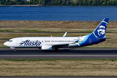 N565AS B737-890 cn 35181 Alaska Airlines 190903 Portland International 1002 (Kodak 260) Tags: n565as b737 alaskaairlines portlandiap pdx aviation nregister airliners civil commercial