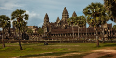 Angkor Wat – Westwall (Thomas Mulchi) Tags: angkor siemreap cambodia 2018 siemreapprovince angkorwat outerwall westwall 12 architecture krongsiemreap happyplanet asiafavorites