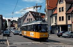 Europa, Deutschland, Baden-Württemberg, Ulm, Söflingen, Neue Gasse, Haltestelle Sonnenstraße (Bernhard Kußmagk) Tags: europe europa ulm deutschland germany allemagne tyskland alemania germania duitsland alemanha almanya niemcy saksa saksamaa nemecko jerman γερμανία németország njemačka ドイツ 독일 германия 德国 німеччина 德國 1000mm meterspur schmalspur metregauge strasenbahn tram tramway streetcar trolley tramm tranvía villamos tramvia sporvogn tramvaj spårvagn trikk tramvai tranvia bonde elétrico tramvay raitioliikenne sporvei spårväg трамвай τραμ 路面電車 노면전차 有軌電車 电车 kusmagk kussmagk bernhardkusmagk bernhardkussmagk badenwürttemberg swu sonnenstrase gt4 vierachser gelenkwagen neuegasse arrêt tramstop haltestelle trolleystop