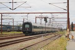 DSB: IC3 5281 + 5279 nach Aarhus in Padborg (Helgoland01) Tags: eisenbahn railway danmark dänemark denmark padborg pattburg dsb slesvig schleswig sønderjylland intercity bombardier abb scandia ic3