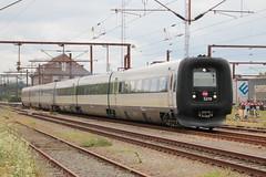 DSB: IC3 5279 + 5281 verlassen Padborg in Richtung Aarhus (Helgoland01) Tags: eisenbahn railway danmark dänemark denmark padborg pattburg dsb slesvig schleswig sønderjylland intercity abb scandia bombardier ic3