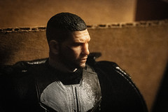 1734-270 The Netflix Punisher (misterperturbed) Tags: frankcastle mezco mezcoone12collective one12collective thepunisher