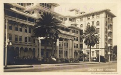 Moana Hotel Kalakaua Ave c1930 (Kamaaina56) Tags: 1930s waikiki hawaii moana streetview realphoto