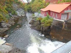 Off the Frontenac Dam (Quevillon) Tags: estrie easterntownships cantonsdelest canada québec sherbrooke rivièremagog river rivière frontenacdam dam hydrosherbrooke jacquescartier