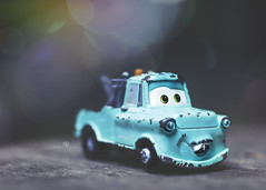 charlie's towing (rockinmonique) Tags: toy car truck tiny small macro bokeh blue light moniquewphotography canon canont6s tamron tamron45mm copyright2019moniquewphotography