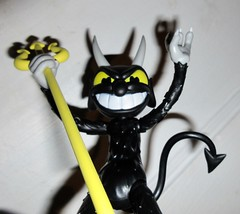 2019 Krampus Demon Devil Dude 3213 (Brechtbug) Tags: 2019 krampus devil dude funko cuphead is run gun indie video game developed published by studio mdhr the player fights series bosses order repay debt demon figure christmas pop like toy toys vinyl figures spooky scary betty boop fleicher animation cartoon villain type march wooden soldiers cup head halloween