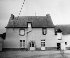 Manoir de la Ville-Aubrée à Acigné, route de Servon-sur-Vilaine (actuelement ferme)