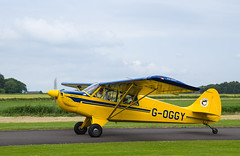 G-OGGY Husky, Scone (wwshack) Tags: aviat egpt husky psl perth perthkinross perthairport perthshire scone sconeairport scotland goggy