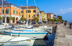 Lago di Garda waterfront (werner boehm *) Tags: wernerboehm lago di garda italy cityscape lagodigarda