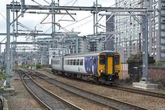 "Arriva Rail North Class 156, 156424 (37190 ""Dalzell"") Tags: arrivarailnorth northernrailways whiteblue dmu dieselmultipleunit supersprinter metcam metropolitancammel birmingham 2car class156 156424 exchange victoria manchester"
