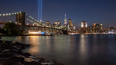 Pebble beach (Martijn_68) Tags: nyc newyork pebblebeach brooklynbridge manhattan tributeinlight skyline