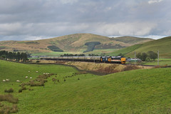 37419&409-Crawford-30.9.19 (shaunnie0) Tags: 37409 37419 intercity largelogo crawford class37 englishelectric drs directrailservices pathfinder pathfindertours 1z64 the autumn highlander growler tractor