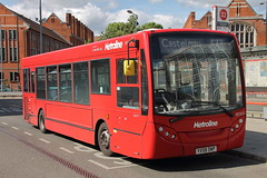 DE1615 YX58 DWP (ANDY'S UK TRANSPORT PAGE) Tags: buses hammersmith metroline london