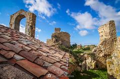 Piedra sobre piedra (SantiMB.Photos) Tags: 2blog 2tumblr 2ig castillo castle ruinas ruins maresme invierno winter tejado roof geo:lat=4167875704 geo:lon=273586078 geotagged palafolls cataluna españa