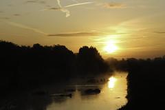 Here comes te sun (Theo Bauhuis) Tags: bocholtera süderwick zonsopgang sunrise water reflection bocholt aa nrwf