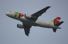 TAP Air Portugal CS-TTH Airbus A319-111 departure from London Heathrow LHR England UK bound for Lisbon LIS Portugal (Cupertino 707) Tags: tap air portugal cstth airbus a319111 departure from london heathrow lhr england uk bound for lisbon lis tapairportugal