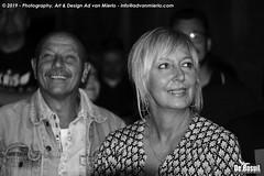 2019 Bosuil-Het publiek bij Kris Barras Band 14-ZW