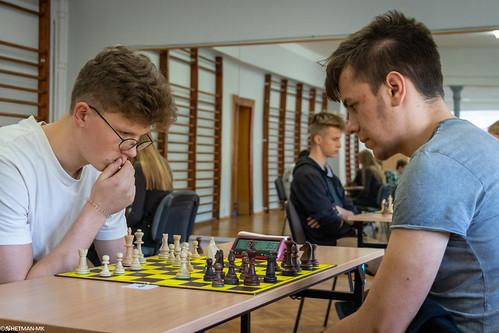 Mistrzostwa I LO Świdnica w Szachach-64
