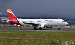 Iberia EC-MDK, OSL ENGM Gardermoen (Inger Bjørndal Foss) Tags: ecmdk iberia airbus a320 osl engm gardermoen