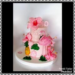 Flamingo Pasta. Renkli Tatlar Butik Pasta. İletişim: 0533 668 86 80    www.renklitatlar.com (www.renklitatlar.com (05336688680)) Tags: çocukpastaları sugarart edibleart butikpastalar butiktasarımpastalar butikpastatasarım butikdoğumgünüpastaları sugarmodelling renklitatlarbutikpasta renklitatlar wwwrenklitatlarcom cakeart cakedesign cakegoals siparişpasta butikpastaistanbul fondant sugarcraft cakes handmade kişiyeözeltasarımpastalar theartofpainting fondantfigures birthdaycake cakedecoration çocukdoğumgünü flamingo flamingopasta ananaslıflamingopasta tropikalçiçeklipasta