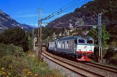 80200 (220 051) Tags: italien italia italy italie italië италия 意大利 itaalia იტალია ιταλία イタリア 이탈리아 itália италија italija ประเทศอิตาลี itálie italya olaszország eisenbahn railway ferrovia bahn rail spoorweg spoorwegen railroad jernbane ferrocarril kolej järnväg chemindefer železnica železnice dráha rautatie железная 鉄道 σιδηρόδρομοσ 铁路 기차 zug train treno tren comboio trein tog e652131 mondäne e652 fs tåg pociąg vlak juna поезд 列車 τρένο