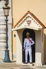 Monaco - Le Palais Princier (Marcial Bernabeu) Tags: marcial bernabeu bernabéu monaco mónaco mediterraneo mediterranean south sur europe europa guard guardia palais princier palacio marc