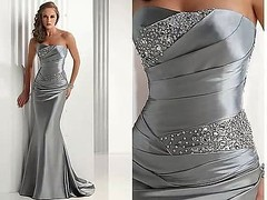Looking for a beautiful evening dress for that party you can't wait to attend. This beautifully made #longeveningdress will make you stand out. #Sleeveless #silverdress size 10 with a short train at only £60 @boutiqbou.com (adelaidebadejo) Tags: silverdress sleeveless longeveningdress