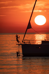Unije Summer 2019 (Tim Ertl) Tags: unije croatia croazia island kvarner mali losinj summer holidays sea sun sunset boat sailing contra light silouhette kids people jumping