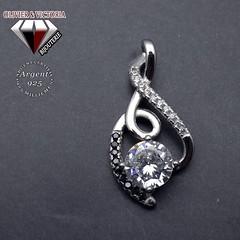 Pendentif spinelle et zircon en argent 925 (olivier_victoria) Tags: argent 925 pendentif zircon spinelle noir clé sol