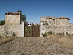 _DSF2201 (Toni M. Micó) Tags: olmillos granja sannico castella castilla burgos