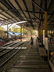 Maeklong-Railway-Market-Bangkok-0048