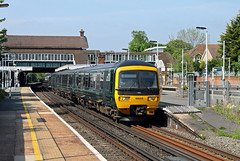 166205 Horley (CD Sansome) Tags: horley station brighton main line train trains first great western railway gwr turbo 166 166205