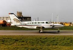 PH-FWF Reims Cessna F406 Caravan II cn 0020 Freeway Air Luton 20Mar90 (kerrydavidtaylor) Tags: ltn eggw bedfordshire londonlutonairport
