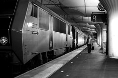 On track 7 (pascalcolin1) Tags: paris13 man homme austerlitz gare station train horloge time quai track 7 lumière light line ligne photoderue streetview urbanarte noiretblanc blackandwhite photopascalcolin 50mm canon50mm canon
