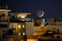 Alimos - moonset #2 (athanecon) Tags: moon newmoon crescent crescentmoon luna lune moonset citylights cityscape closeup closeupphoto nightlights nightview nightsky night