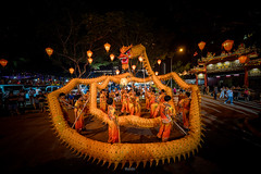 Dragon dance at the Nine Emperor Gods Festival. (tehhanlin) Tags: photography nightshot ngc event heartland sengkang nineemperorgodsfestival fernvale fe1224g festival singapore sony sonysingapore people asia culture tradition night temple buddhist praying buddhism
