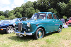 Wolseley 1500 505YDE (Andrew 2.8i) Tags: show automobile auto voiture cars car classics classic carmarthenshire arms bronwydd day transport railway gwili british saloon sedan bmc riley 1500 wolseley 505yde