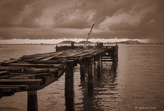 Wooden Pier (Alfredo Rafael) Tags: panama pier wooden shoreline vintage50mm asahipentax spotmatic film takumar super