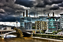 The Battersea construction project has disrupted the local ecosystem. (Fotofricassee) Tags: thamesriver architecture construction thames river godzilla battersea bridge monster