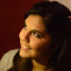 Miradas (ohgynzjh31) Tags: luz photos smile photograpy photo girl nikonistas nikon me