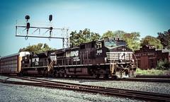 Manly Horses... (darkprince66 (Tug Chasing Super Hero :D)) Tags: dalton georgia norfolksouthernrailway 9468 gedash9 1020 emdsd70ace railroad train locomotive manlyjailworks