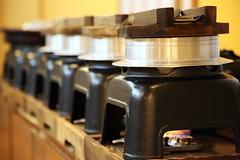 Rice cooking at morning (Teruhide Tomori) Tags: 京都 日本 kyoto japan cooking rice meals japon breakfast ryokaninn 旅館 朝食 炊飯 釜 ごはん 料理 調理 朝ごはん cauldron