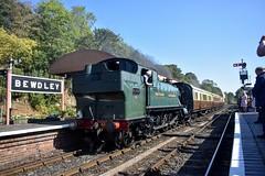 4144 (Chris Strange) Tags: svr severn valley railway autumn steam gala gwr br sr southern great western british heritage train kidderminster bridgnorth bewdley arley hampton loade highley 4144 5101 large prairie 262