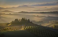 Belvedere (Eros Penatti) Tags: poderebelvedere valdorcia toscana alba sunrise italia nikonz6