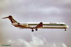 ALITALIA MD-82 I-DAWP (Adrian.Kissane) Tags: airline airliner jet plane aircraft aeroplane italian aviation arriving flying flight sky outdoors 42906 2000 md82 idawp gatwick london lgw alitalia