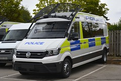 Brand New PSU (S11 AUN) Tags: northamptonshire northants police vw volkswagen crafter psu suppor unit pov public order vehicle carrier van 999 emergency